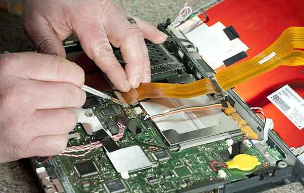 عیب یابی و تعمیر لپ تاپ