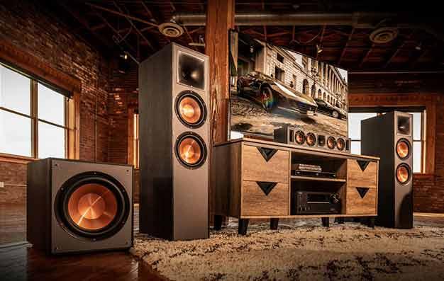 home-speaker-board